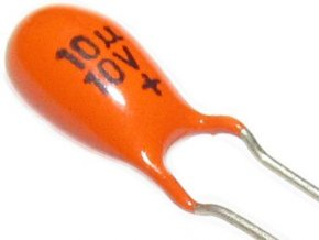 10U / 10V TE132, tantalový kondenzátor
