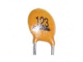 12n / 50V Suntan, RM = 2,54 keramický kondenzátor