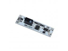 Bezdotykový spínač mávnutím XK-GK-4010 pre LED pásiky