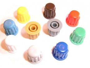 Prístrojový gombík KP104, 14x13mm, hriadeľ 4mm, hnedý