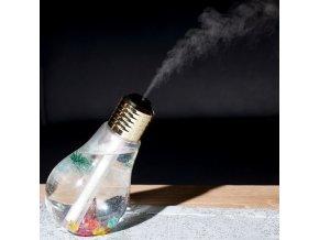 LED zvlhčovač vzduchu v podobe žiarovky