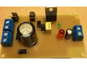 Zdroj stabilizovaný 5V/1A 72x43mm elektronická stavebnica
