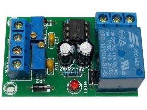 Nabíjecí kontrolér XH-M601 pro baterie 12V - elektronická stavebnica