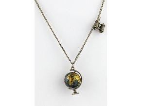 Velmi stýlový náhrdelník s globusem a dalekohledem