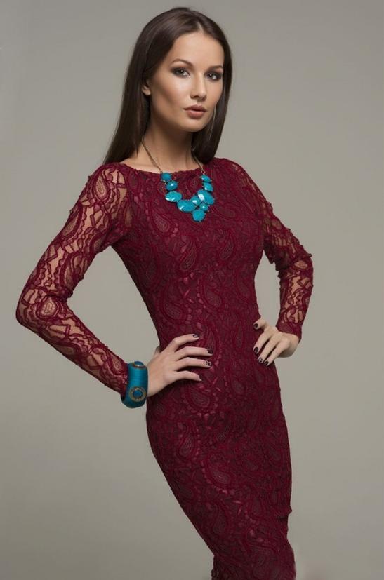 šaty Maria Wine velikost: S