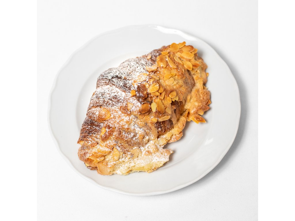 Mandlový croissant - Café Savoy