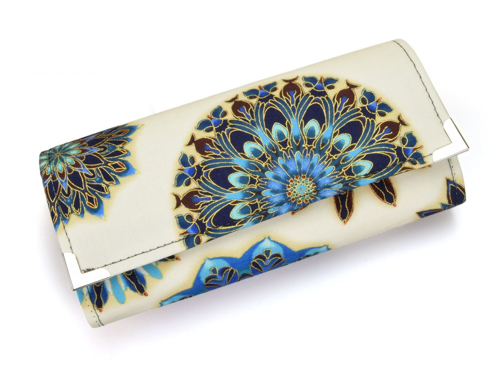 bílá mandalová peněženka