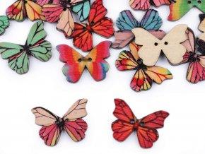 knoflík dřevěný motýl