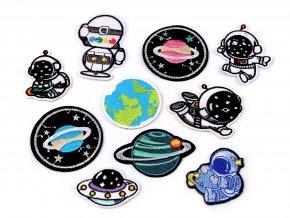 nažehlovačka kosmonaut větší