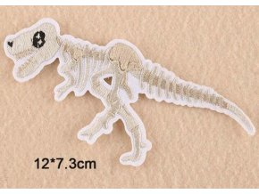 nažehlovačka kostra dinosaura