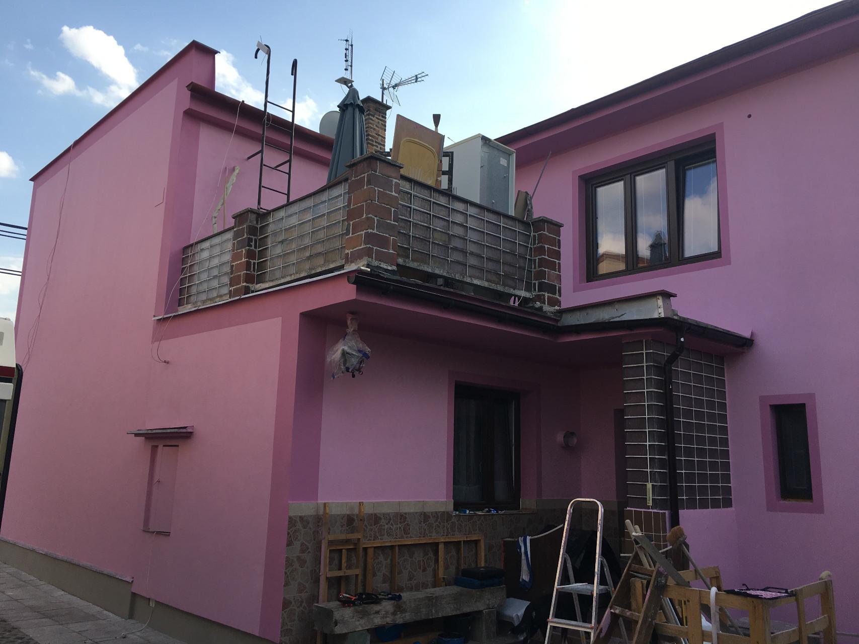 Zateplení rodinného domu perlitovou omítkou Manto Plate MP1 v Hradci Králové