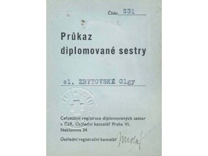 Průkaz diplomované sestry z roku 1938, používáno