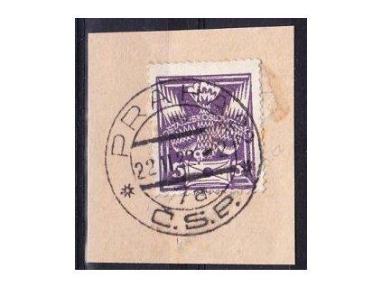 Výstřižek se zn. 5h fialová s razítkem PRAHA 22.2.22 - 2, zajímavé datum