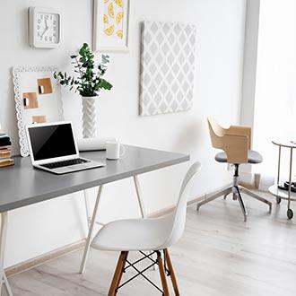 Home office ve skandinávském stylu