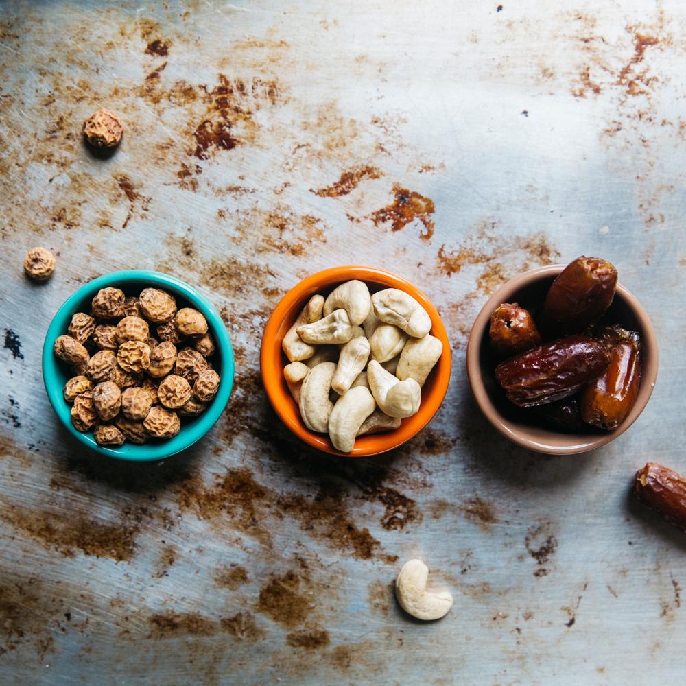 Minerály plní v těle klíčové úlohy, draslík naleznete například v datlík, železo obsahují i další druhy sušeného ovoce a kešu obsahují zinek.