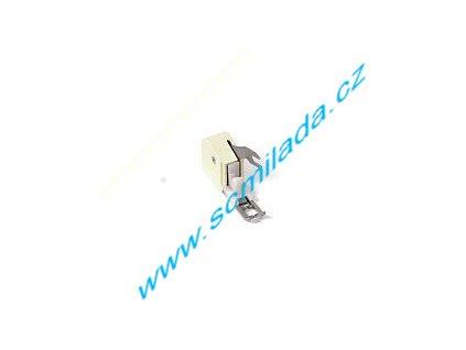 Patka vrchního podávání pro šicí stroj SINGER
