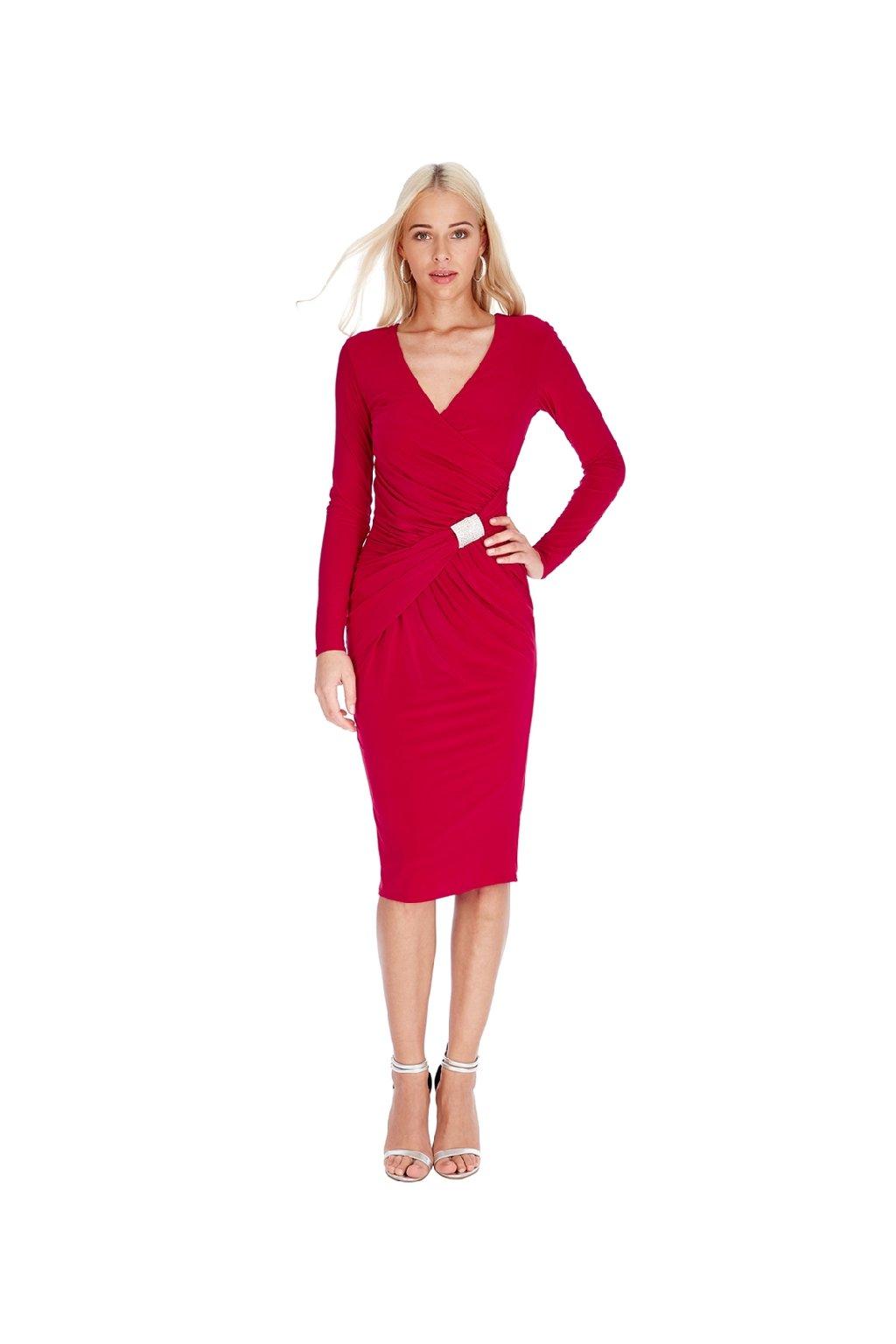Červené šaty s ozdobným křížením zepředu