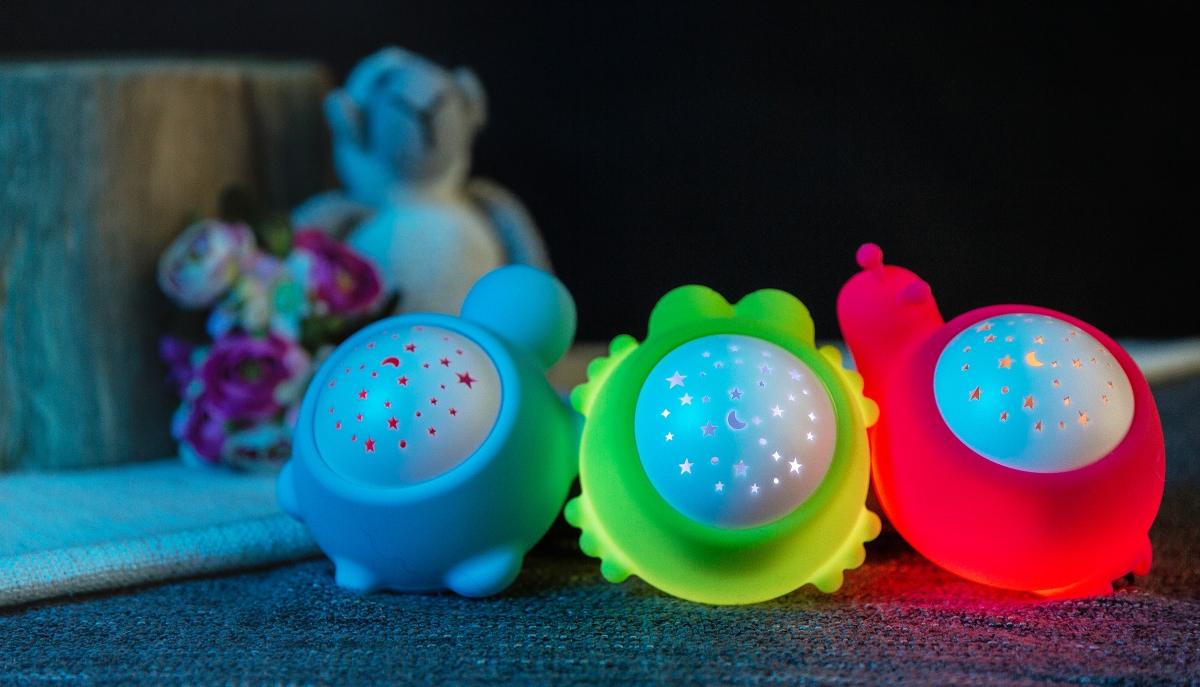 detska-lampicka-s-projektorem