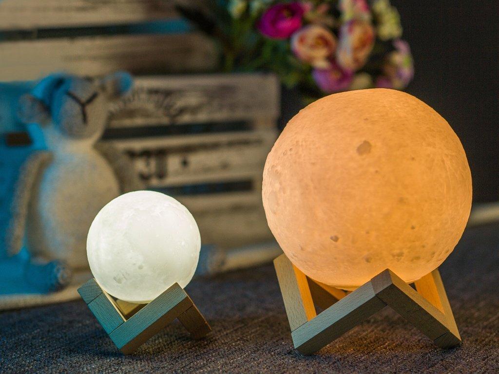lampa mesic 3D