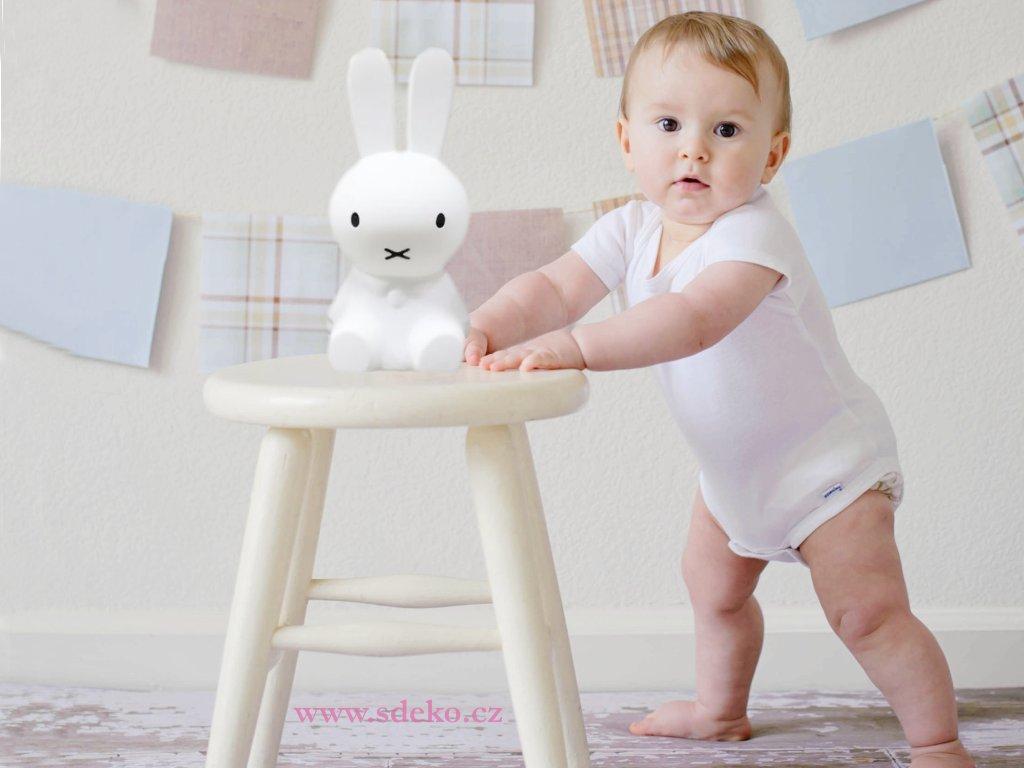 Lampicka zajic miffy baby s logem