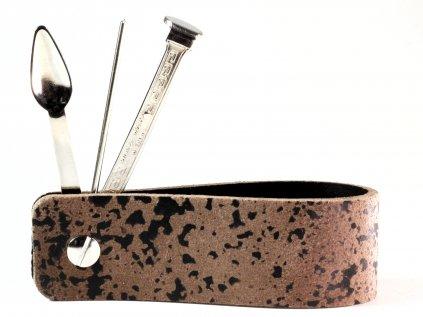 Stojánek na dýmku s dýmkovým nástrojem CPT