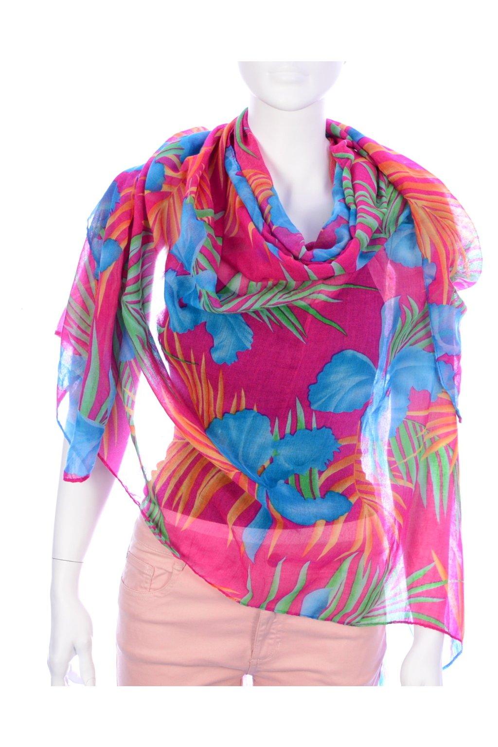 Šátek barevný velké květy na růžovém podkladu