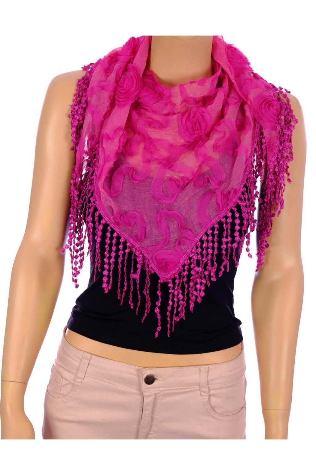 Šátek růžový s plastickými růžičkami
