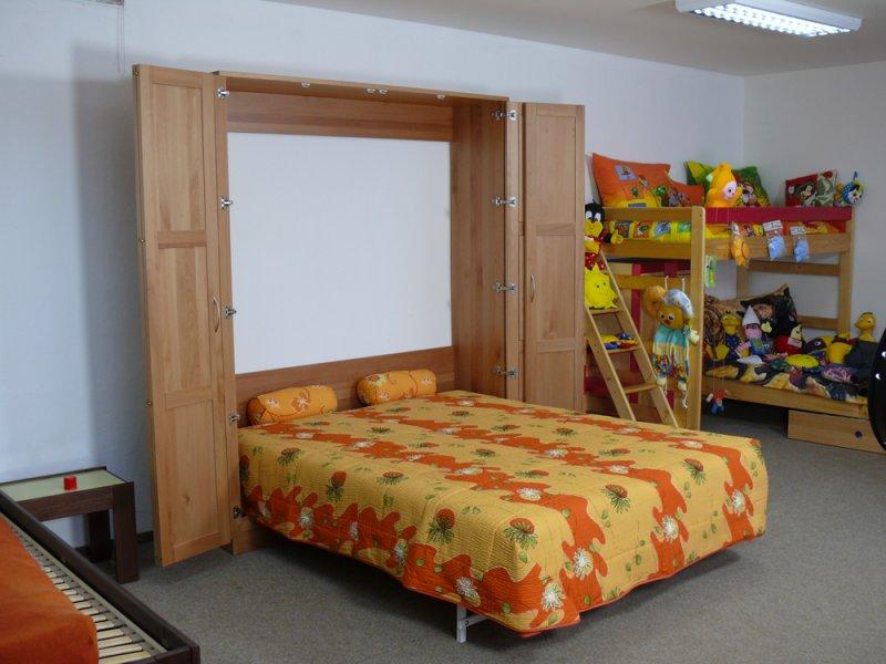 Sklápěcí postel ve skříni - dvojlůžko s roštem SKL2VR š.160cm