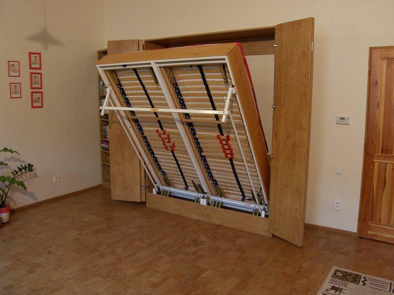 Sklápěcí postel ve skříni - dvojlůžko s roštem SKL2VKP š.160cm
