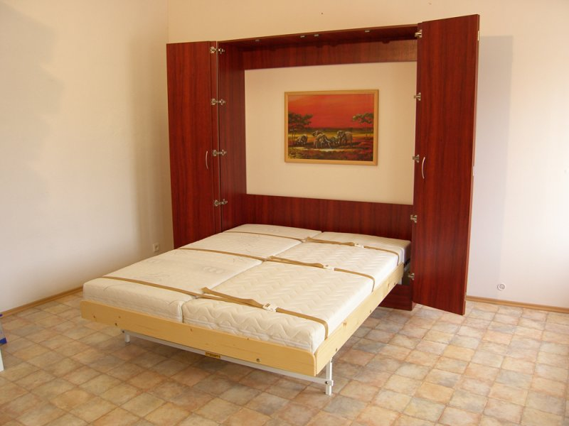 Sklápěcí postel ve skříni - dvojlůžko s roštem SKL2VKPP š.160cm