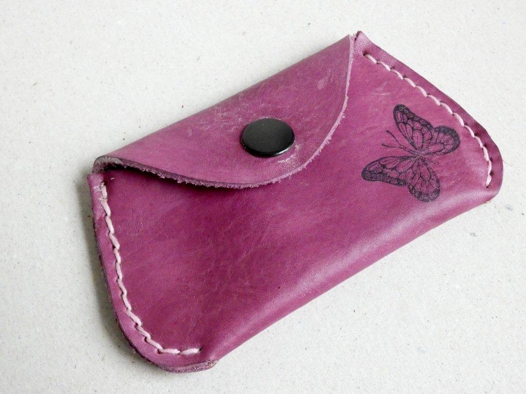 fialová peněženka
