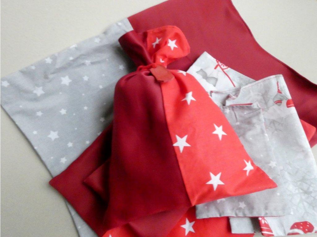 Vánoční textilní pytlíčky na dárky