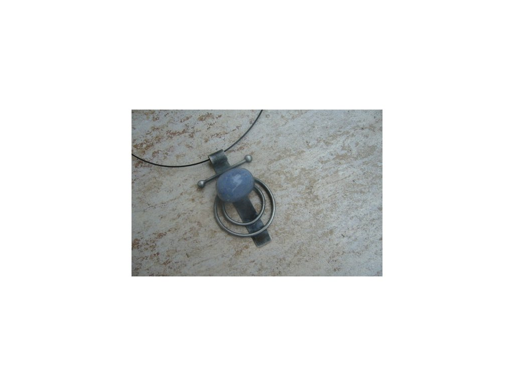 dumortierit letovaný šperk