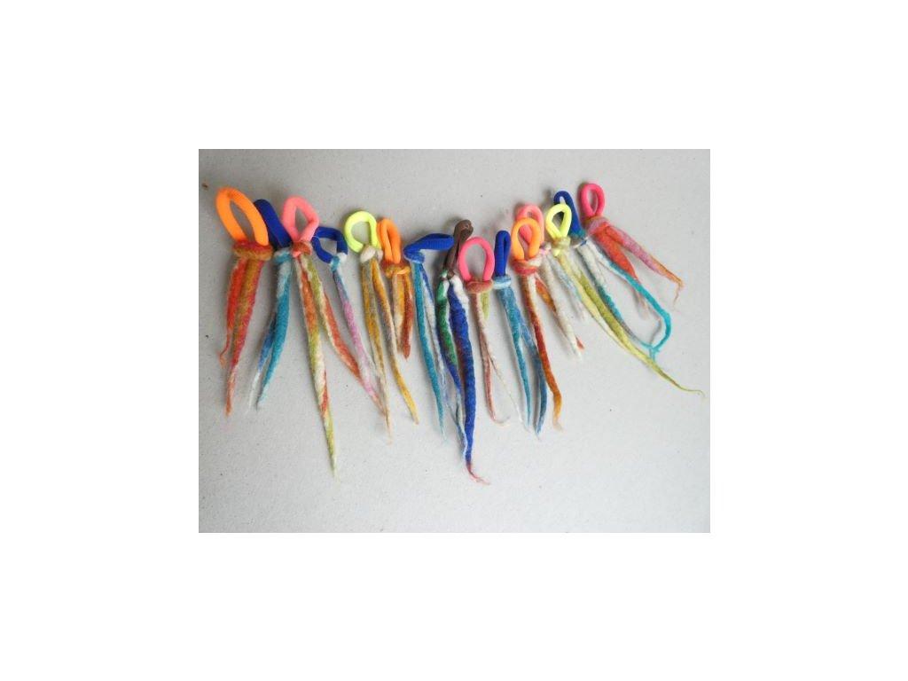 Plstěný dred na gumičce do vlasů