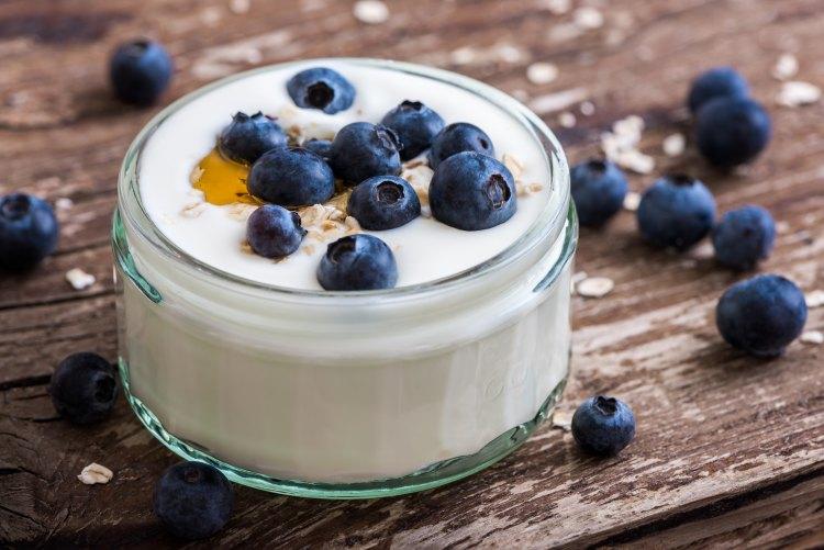 jogurt-s-cerstvymi-boruvkami-387fbda958