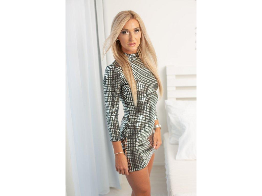 Sexy šaty mini lesklé stříbrné INNA 26 zpředu 2