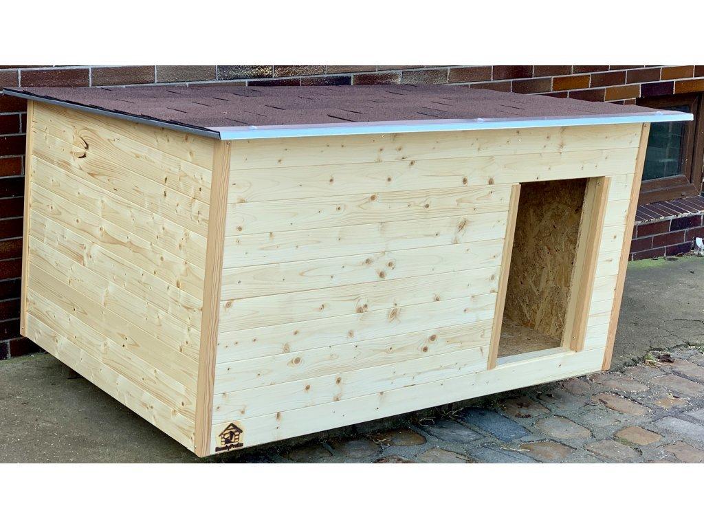 Psí bouda Caper, šindelová střecha 1
