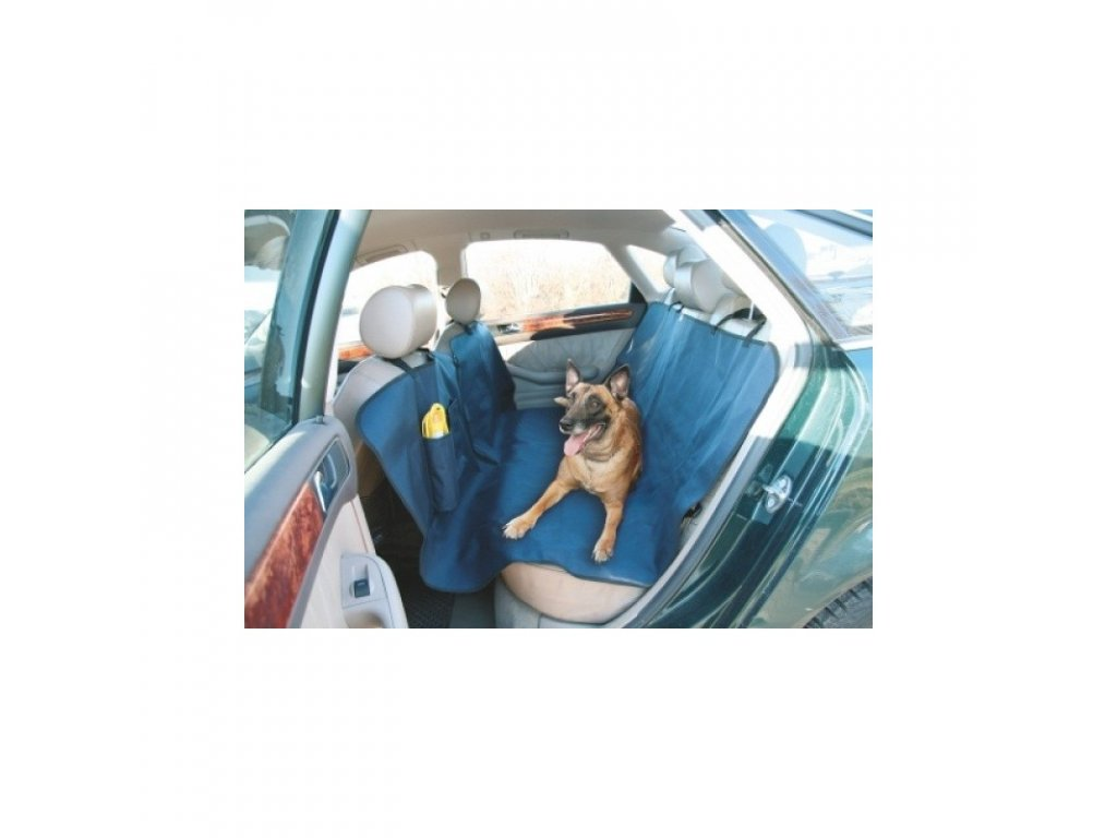 deka pro psa do auta s cestovni lahvi na piti