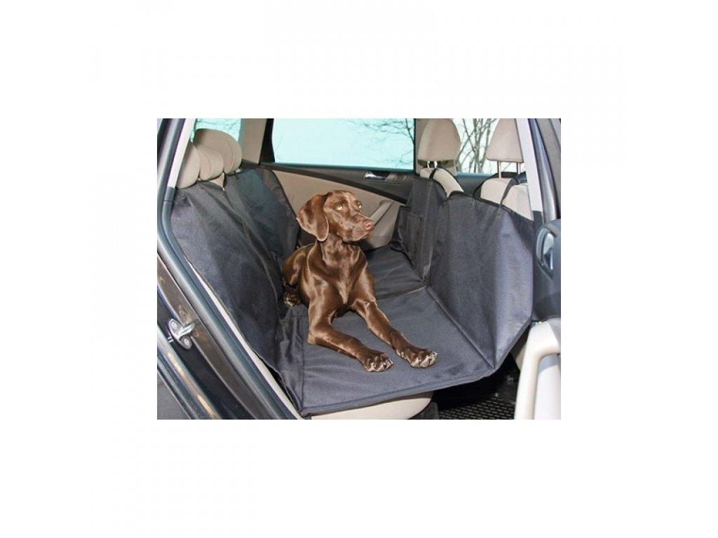 deka pro psa do auta s vyztuhou