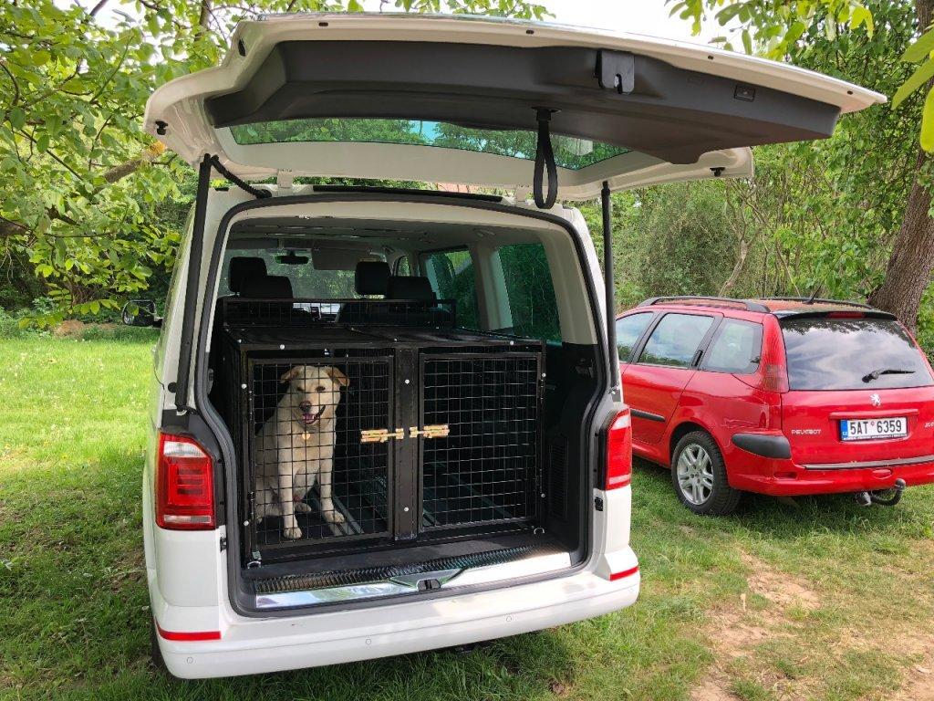 Transportní klec do auta pro dva psy