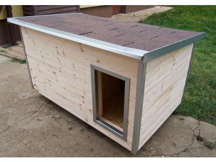 Zateplená psí bouda Rocky, medium, šindelová střecha 1
