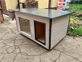 Zateplená psí bouda Rozárka large s oknem, Stříbrná lazura, šedý plech