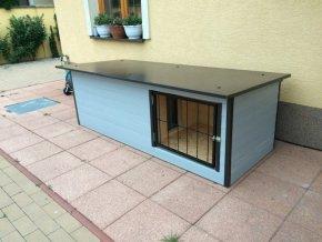 Psí bouda Larry medium s verandou zateplená šedá praha vrátka