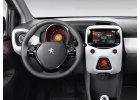 vnitřní výbava Peugeot 108