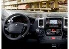 vnitřní výbava Peugeot Boxer