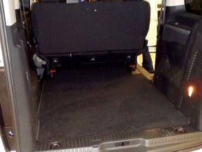 koberec zavazadlovy prostor traveller