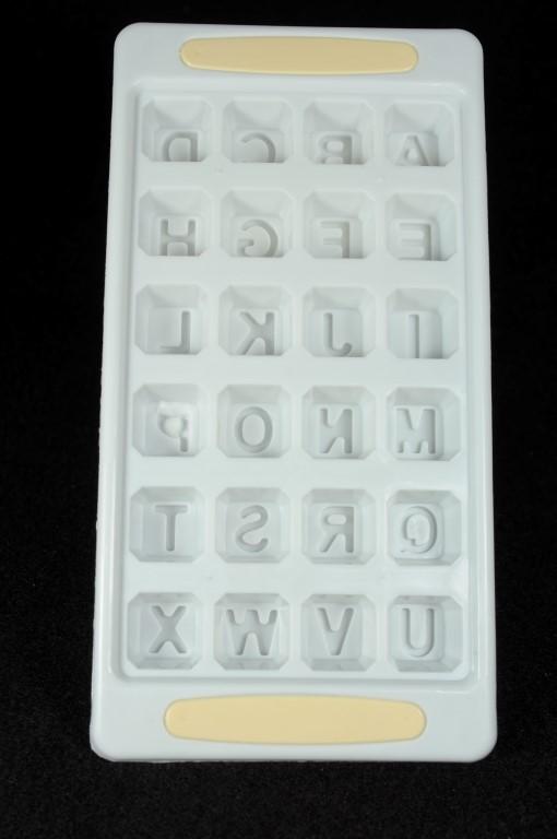 Plastová forma na ľad abeceda Farba: Zelená, Veľkosť: Neurčená