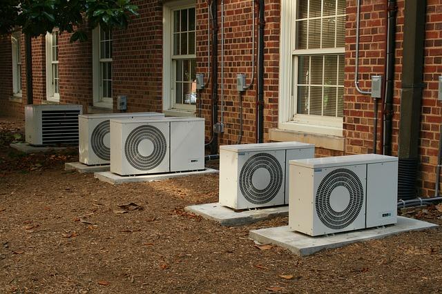Trápia vás horúčavy? Pomôžeme vám vybrať, akú klimatizáciu do domu stojí za to si zaobstarať.