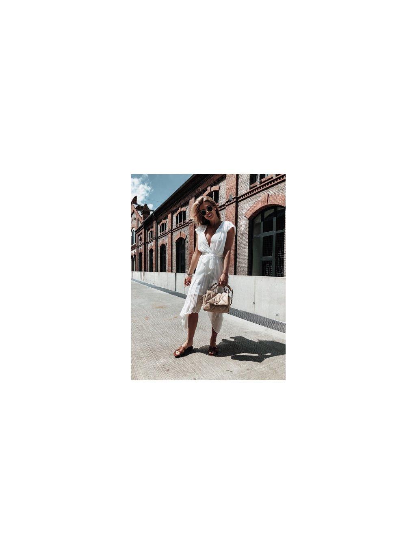 white midi šaty 1