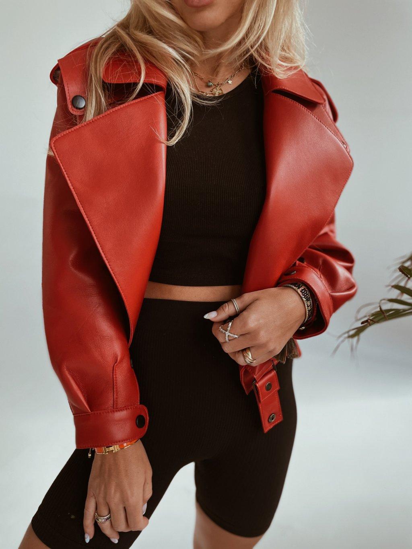 cervena bunda 1